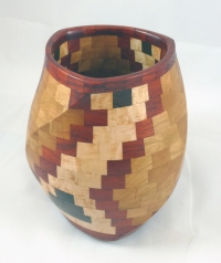 Horais.segmented-twisted-Southwestern-Vase