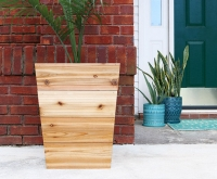 Budget-outdoor-planters-1