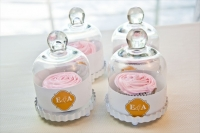DIY-wedding-favors-cupcakes-bell-jars