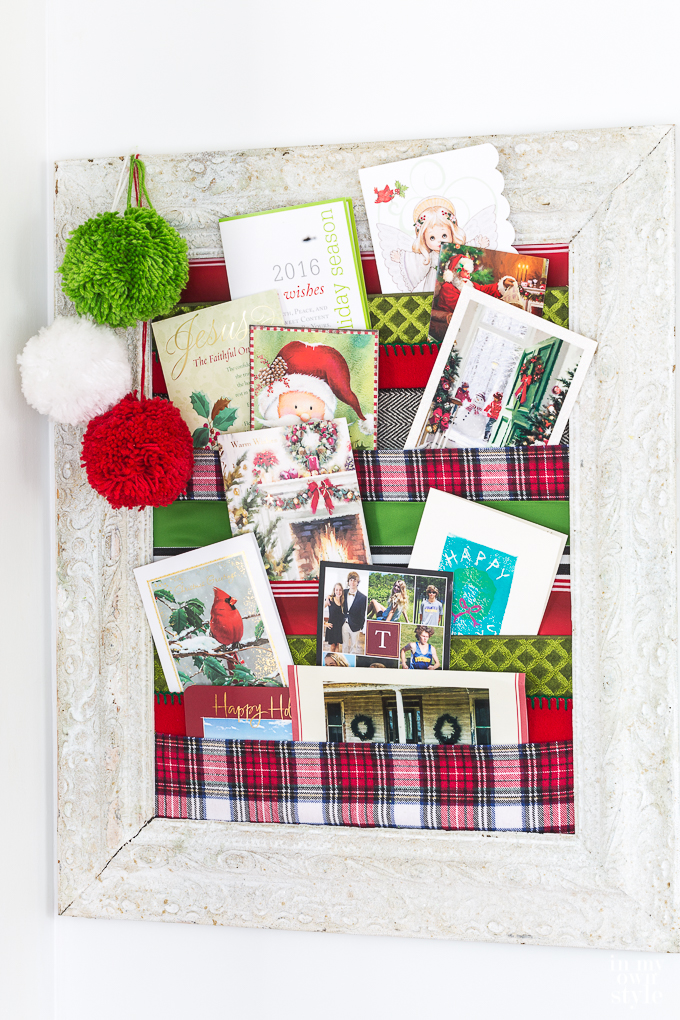 Ribbon-Christmas-card-holder-7