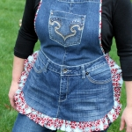 farm-girl-apron-from-old-jeans1